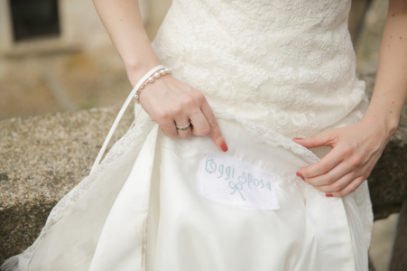 matrimonio R+S Lago d'Orta abito da sposa ph. Peter Karasev